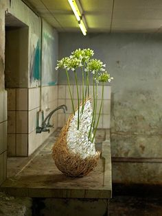 Floral sculpture by Pim Van Den Akker....photography by Newmartin.com
