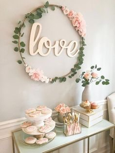DIY Hula Hoop Love Sign – Blush and Gold Bridal Shower Decor Love this simple Floral Decoration! DIY Hula Hoop Love Sign, DIY-bridal-shower-decor, bridal shower decorations DIY, hula hoop transformation Related posts:Obsequios que la. Hula Hoop, Party Wall Decorations, Wedding Decorations, Wedding Centerpieces, Decor Wedding, Floral Decorations, Girl Baptism Decorations, Couples Shower Decorations, Bridal Shower Table Decorations