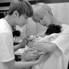 Jun The8 and baby