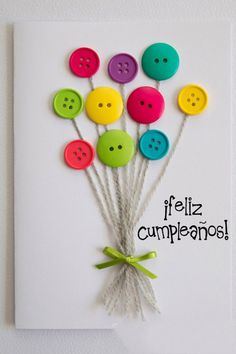 carte anniversaire (tutoriel gratuit - DIY) - tutolibre a simple DIY for a small personal card to de Diy And Crafts, Craft Projects, Crafts For Kids, Paper Crafts, Card Crafts, Cute Cards, Diy Cards, Button Cards, Homemade Cards
