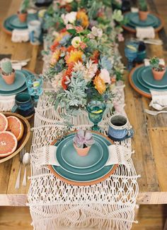 Yarn and String Wedding Decor with Major Wow Factor | Hints of bohemian style and statement botanicals are always stunning. Case in point: This western wedding with macrame runner is fun and free spirited.