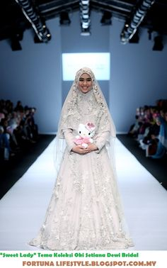 Muslim Wedding Gown, Wedding Abaya, Malay Wedding Dress, Muslimah Wedding Dress, Muslim Wedding Dresses, Muslim Brides, Muslim Dress, Pakistani Bridal Dresses, Wedding Gowns