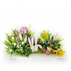 Veľká noc je za rohom a s ňou prichádza aj jarné obdobie. Vyzdobte si svoju domácnosť krásnymi dekoráciami z našej ponuky. Stačí si vybrať a nakupovať. Floral Wreath, Easter, Wreaths, Display, Spring, Plants, Home Decor, Floor Space, Floral Crown