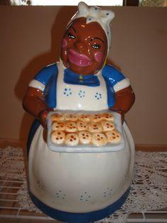 "Black Americana ""Nanna"" Cookie Jar."