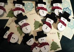 Puddles of Grace: Snowman Button Pins Christmas Makes, Christmas Fun, Christmas Decorations, Fun Crafts To Do, Crafts For Kids, Diy Crafts, Christmas Projects, Holiday Crafts, Holiday Ideas