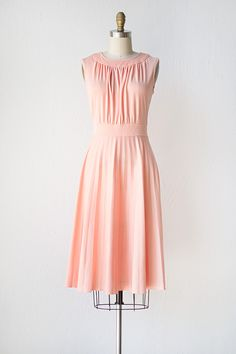 vintage 1970s dress   vintage 70s dress   Nido Del Cucu Dress