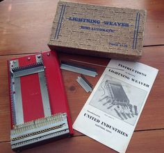I finally own a Lightning Weaver. Is this the ultimate small loom? As the box decla… Pin Weaving, Loom Weaving, Visible Mending, Darning, Loom Knitting, Lightning, Crafty, Embroidery, Weave