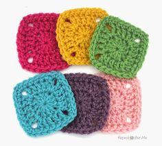http://www.repeatcrafterme.com/2015/04/pixel-crochet-squares.html