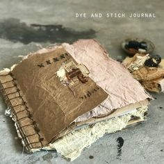 Free Art Video: Dye + Stitch Journal Part One - Jeanne Oliver Fabric Journals, Journal Paper, Book Journal, Journal Covers, Notebook Covers, Art Journals, Vintage Journals, Fabric Books, Fabric Art