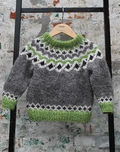 *Little Hearts* is a simple ba Baby Sweater Patterns, Fair Isle Knitting Patterns, Knitting Designs, Knit Patterns, Baby Pullover, Baby Cardigan, Baby Boy Sweater, Baby Boy Knitting, Knitting For Kids