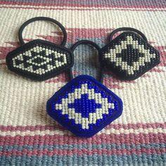 刺繍 #beads #オルテガ #ビーズ刺繍 #handmadeaccessories #handmade #エスニック #ビーズ #beadswork #ネイティブ #ヘアゴム #ネイティヴ #native