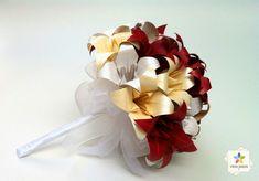 Buquê vermelho, branco e creme Green Wedding, Paper Flowers, Creme, Paper Art, Great Gifts, Bouquet, Diy, Beautiful, Wedding Bouquets