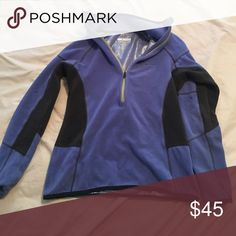 Colombia pull over. Very good condition and very warm. Columbia Tops Sweatshirts & Hoodies