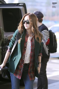 SNSD Jessica Jung's Airport Fashion ♥: Photo