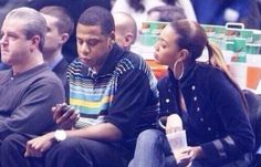 Beyoncé was so into what Jay Z was doing on his phone she started eating her drink