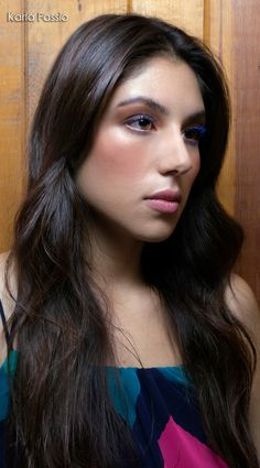 Makeup: Mariana Tarin Photographer: Karla Fassio #blue #mascara #skin https://instagram.com/marianatbet/