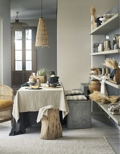10 of the hottest home and interior design trends for Autumn Winter 2017 Home Interior Design, Interior Architecture, Hm Home, Scandinavian Living, Deco Design, Design Trends, Design Ideas, Home And Deco, Arquitetura