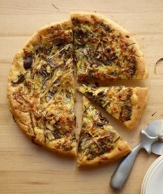 Pizza with Mushrooms, Leeks and goat cheese!