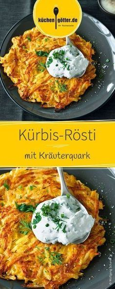 Knusprige Kürbis-Röstis mit leckerem selbstgemachten Kräuterquark, die ganz l… Crunchy pumpkin hash browns with delicious homemade herb curd cheese, which are lightly and easily roasted in the pan until golden brown. Veggie Recipes, Beef Recipes, Vegetarian Recipes, Dinner Recipes, Cooking Recipes, Healthy Recipes, Pumpkin Recipes, Slow Cooking, Salad Recipes