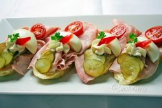 Sandwich Platter, Wedding Appetizers, My Cookbook, Wrap Sandwiches, Canapes, Sushi, Chicken Recipes, Picnic, Brunch