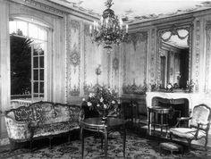 Step Inside Huguette Clark's Bellosguardo  Opulent Summer Estate in 1940 - Monochromes - Curbed National