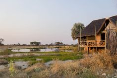 Das Onguma Bush Camp am östlichen Rand des Etosha Nationalpark ist der ideale Ausgangspunkt für Safaris im eigenen Mietwagen oder mit einem erfahrenen Guide.