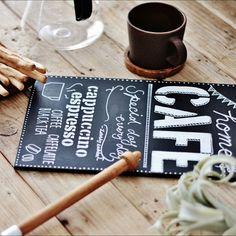 カフェ風のコツは文字にあり黒板をおしゃれに彩るチョークレタリング術