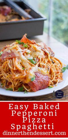 A mix of pepperoni pizza and cheesy marinara pasta, this Easy Baked Pepperoni Pizza Spaghetti is a fun alternative to pizza night and perfect for a crowd! Baked Spaghetti, Spaghetti Recipes, Wine Recipes, Asian Recipes, Ethnic Recipes, Slow Cooker Recipes, Cooking Recipes, Star Food, Pasta Bake