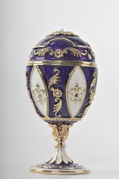 Purple Faberge Egg Trinket Box with a Surprise Chiken Inside Handmade by Keren Kopal Decorated with Swarovski Crystals