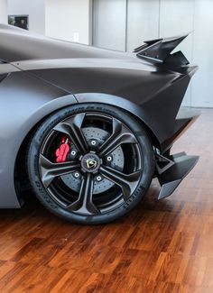 The Lamborghini Sesto Elemento debuted at the Paris Motor Show in 2010 and is a limited edition two door track ready car. Lamborghini Museum, Lamborghini Sesto, Sports Cars Lamborghini, Lamborghini Models, Cool Sports Cars, Super Sport Cars, Super Cars, Sexy Cars, Hot Cars