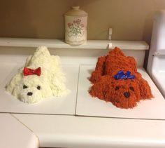 Finished Fluffy Puppy Cakes =) Wilton tip #233 used for the fur.