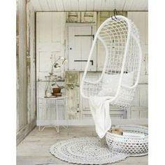 HANGING CHAIR  whitepainted rattan by HK Living