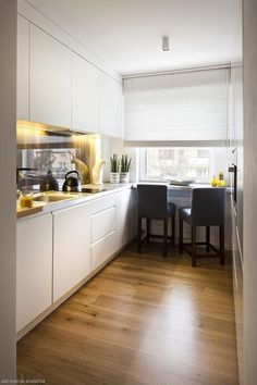Personalized DIY pantry – Own Kitchen Pantry Kitchen Room Design, Kitchen Dinning, Dining Room Design, Kitchen Decor, Küchen Design, House Design, Apartment Kitchen, Home Kitchens, Kitchen Remodel