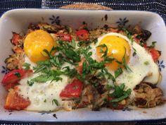 Paleo Thunfisch mit überbackenen Eiern! Delicious!