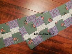 """Working on a """"Round Robin"""" friendship challenge at guild, I have been working on many new border ideas. Please enjoy this tutorial..."""