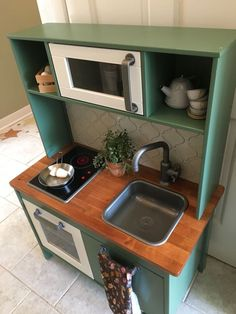 Suggestions An Ikea youngsters' space r. Suggestions An Ikea youngsters' space remains to amaze the - # Ikea Childrens Kitchen, Ikea Kids Kitchen, Diy Play Kitchen, Kitchen Redo, Kitchen Oven, Play Kitchens, Kitchen Ideas, Repurposed Furniture, Kids Furniture