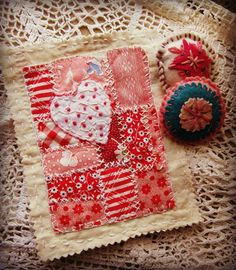 Gathering Dust: Crafting Update First Quarter 2016 Fabric Art, Fabric Crafts, Tim Holtz Fabric, Raw Edge Applique, Red And White Quilts, Fabric Postcards, Miniature Quilts, Thread Painting, Kantha Quilt