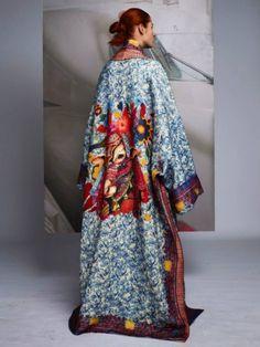 Stefano Moro Van Wyk Captures The Striking Stella Jean Collection Abaya Fashion, Kimono Fashion, Fashion Dresses, Kimono Outfit, Kimono Top, Look Fashion, Womens Fashion, Fashion Design, Winter Fashion