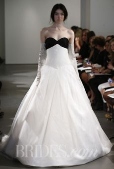 Gorgeous Vera Wang with a sweetheart neckline - Spring 2014   Bridal Runway Shows   Wedding Dresses and Style   Brides.com