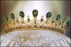 Queen Victoria's Emerald & Diamond Tiara