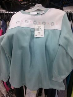 Ya like Jaclyn Smith would wear that Jaclyn Smith, Clothing Tags, Sweatshirts, Blog, Sweaters, How To Wear, Clothes, Fashion, Outfits