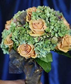 Orange wedding flowers  Keywords: #weddings #jevelweddingplanning Follow Us: www.jevelweddingplanning.com  www.facebook.com/jevelweddingplanning/