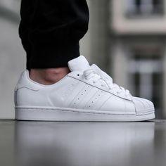 ¡Reponer!Adidas Court Vantage noche Navy / noche Navy disponible ahora