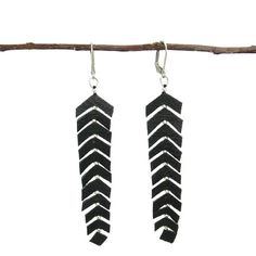 Feather Fringed Earring Black