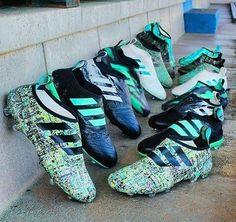 Cool Football Boots, Soccer Boots, Football Shoes, Football Cleats, Adidas Soccer Shoes, Adidas Boots, Nike Soccer, Soccer Memes, Soccer Gear