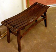 OMG I THINK I FELL IN LOVE WITH AN ENTRYWAY BENCH!  MUST MAKE!!!!!!