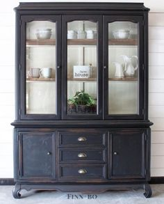 """Gorgeous hutch restyle in General Finishes Lamp Black Milk Paint. """"The transform… – ohumuch Gorgeous hutch restyle in General Finishes Lamp Black Milk Paint. China Hutch Makeover, China Cabinet Redo, Painted China Cabinets, Painted Hutch, Cabinet Makeover, Farmhouse China Cabinet, Hutch Redo, Black China Cabinets, China Hutch Decor"""
