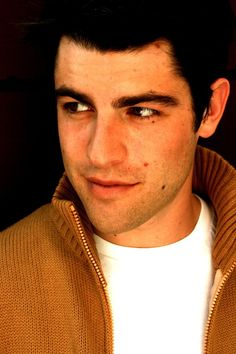 Max Greenfield... maybe not the best picture of him but he deserves to be in my gorgeous ppl board.