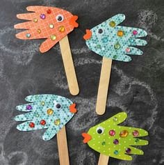 "VBS Craft Ideas – Submerged ""Under the Sea"" Theme, crafts for kids, easy kids crafts, Daycare Crafts, Fun Crafts, Creative Crafts, Fish Crafts Preschool, Children's Arts And Crafts, Creative Ideas For Kids, Paper Bag Crafts, Kindergarten Crafts, Simple Craft Ideas"
