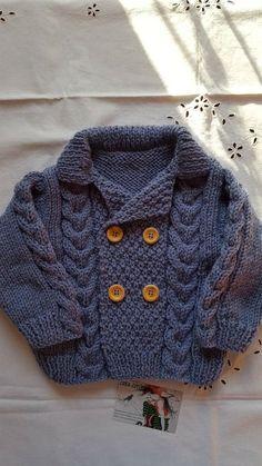 "Gilet en 12 mois tricoté main avec son point de blé et torsades en bleu     ""Knit Baby Sweater, Hand Knitted Grey Baby Cardigan, Gray Baby boy Clothes, New Bor"